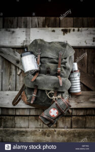 canvas-and-leather-swiss-army-mountain-pack-rucksack-E8FY6G